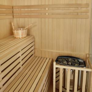 PREMIUM Saunakabine Espoo150 mit Harvia-Saunaofen & Zubehör-11